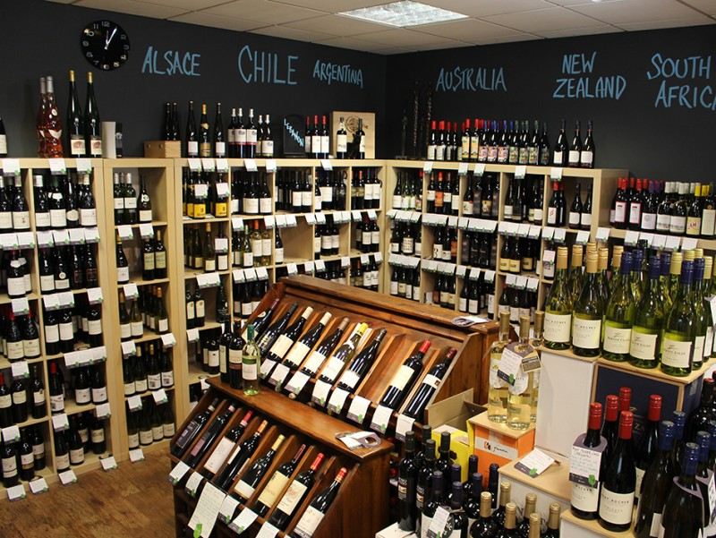 Ann et Vin Wine Shop in Newark has more than 500 different wines for you to choose from.
